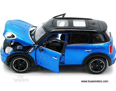 124 Minicountryman Blue Maisto mini cooper countryman w sunroof 34273 1 24 scale maisto