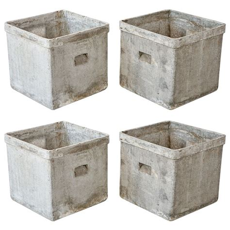 modern concrete and resin planters from a unique
