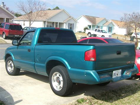 blue book value used cars 1994 gmc sonoma electronic throttle control 1994 gmc sonoma blue 200 interior and exterior images