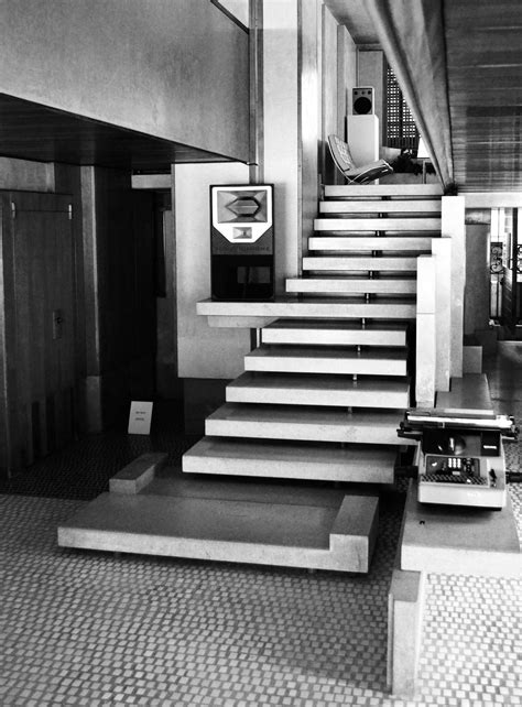 Stair Case by Olivetti Showroom In Venice By Carlo Scarpa Yellowtrace