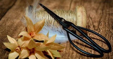 membuat bunga  kulit jagung cempaka