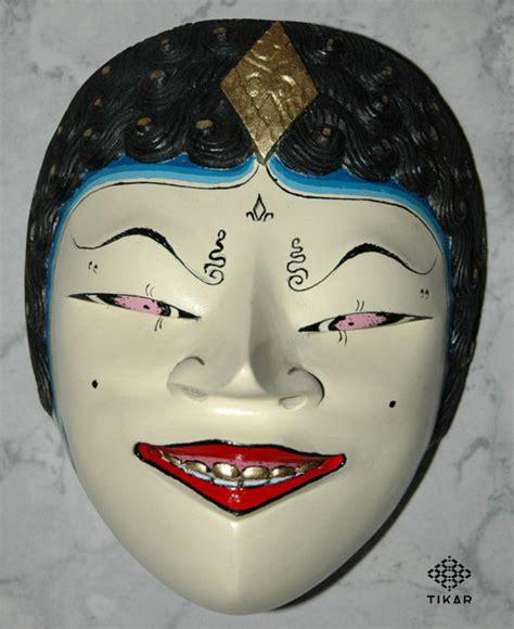 Topeng Karakter wayang dan souvenir nguri uri seni lan budaya jawi halaman 4