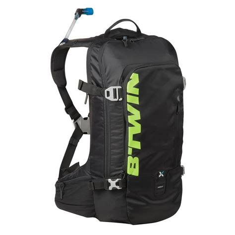 btwin 720 hydration pack review am 920 mtb hydration pack decathlon