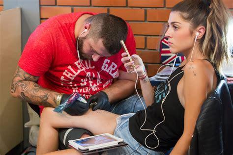 tattoo shops in la best shops in los angeles 171 cbs los angeles