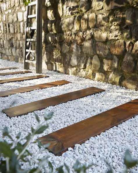 Se Débarrasser De La Mousse Sur Une Terrasse 2192 by Tout Savoir Pour Am 233 Nager Une All 233 E Dans Jardin