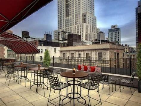 top 10 bars in manhattan top 10 unpretentious rooftop bars in new york city new