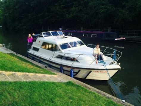 kris cruisers boat hire the lady nicole picture of kris cruisers datchet