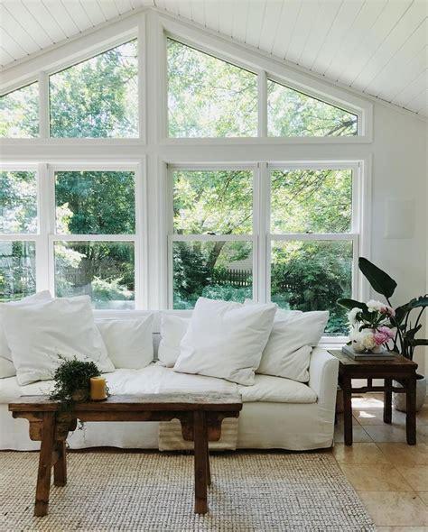 livingroom windows best 25 living room windows ideas on living