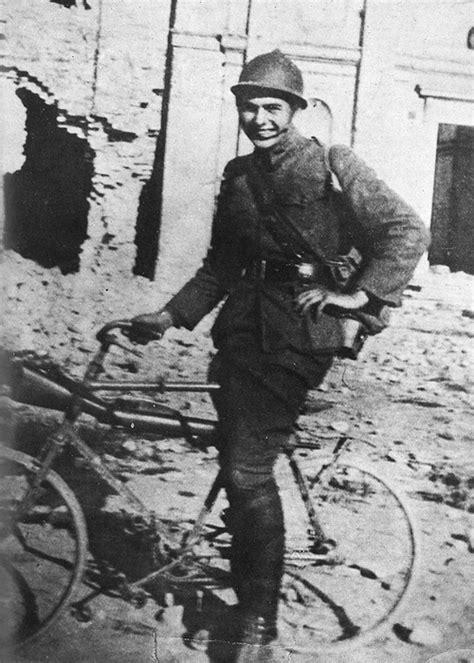 ernest hemingway biography world war 1 the retrogrouch the non politics of riding a bike