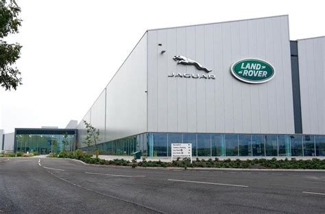 land rover headquarters jaguar land rover 163 500 million site expansion approved by