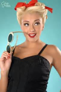 how to pin up hair hollywood tonight pin up hair