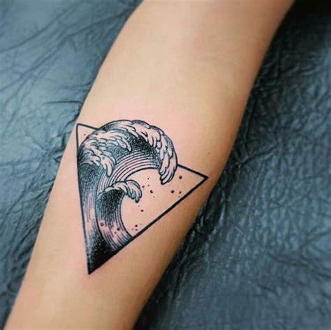 geometric tattoo wave unique waves geometric tattoo venice tattoo art designs