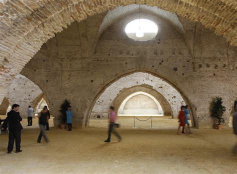 interior de las reales atarazanas de sevilla edicion