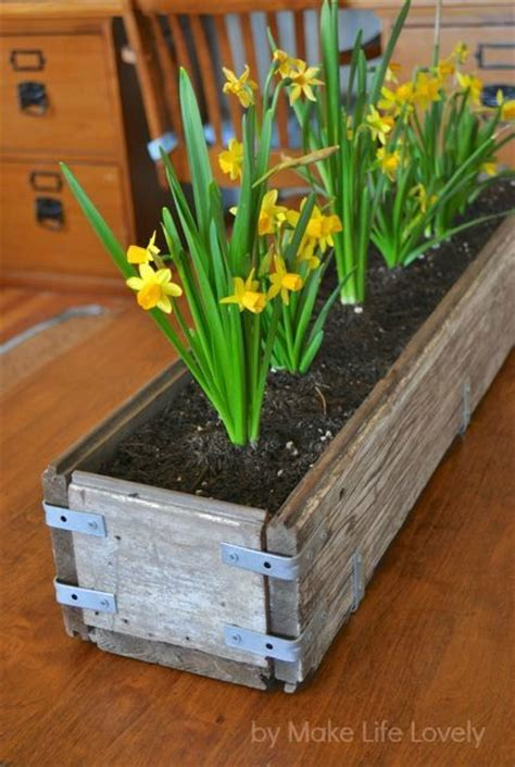 Wood Planter Box Diy by 25 Best Ideas About Wood Planter Box On Diy
