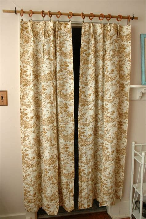 Toile Kitchen Curtains Best 25 Toile Curtains Ideas On Pinterest Kitchen Curtains Country Curtains And