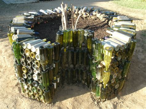 Keyhole Garden Design by Keyhole Garden Permaculture Images