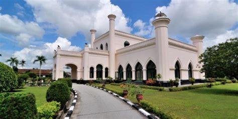 Al Xenza Distributor Di Kota Pekanbaru istana siak sri indrapura inilah bukti kerajaan islam terbesar di indonesia