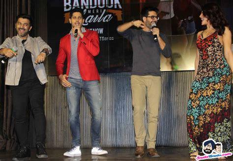 Promo Special Bando Tanduk Bando Sinterklas Bando Santa 4 Kode siddharth malhotra and jacqueline fernandez with muisic