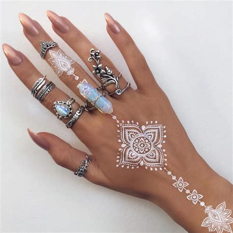 henna tattoo designs in white best 25 white henna ideas on henna henna