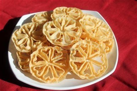 Cetakan Kembang Goyang Bunga 65cm kue tradisional yang hir punah medan