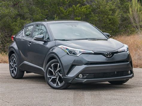 toyota new model new cars new model 2019 2020 toyota auris front view