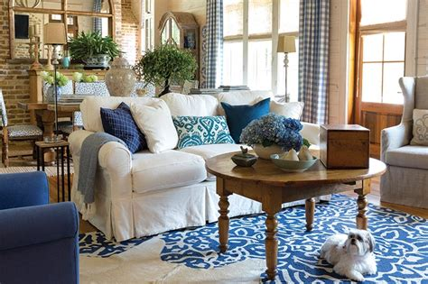 sw room new orleans a heavenly blue and white home the ribbon in my journal phyllis hoffman depiano