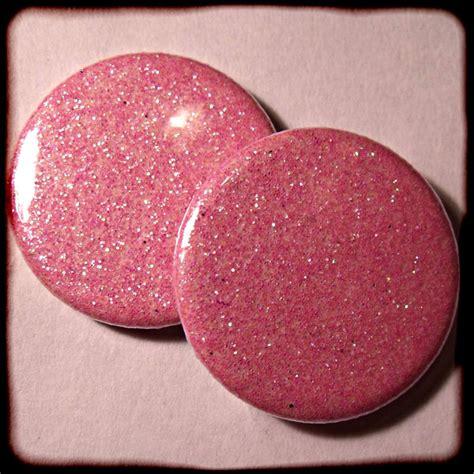 Glitter Beach Barbie & Ken - Badge/Magnet - £1.50 ... Fridge Magnet Toys