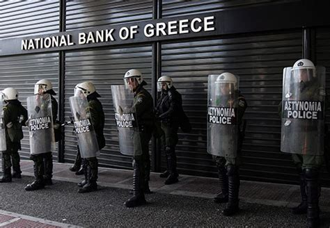 greece banks central bank warns country quot unlikely to survive