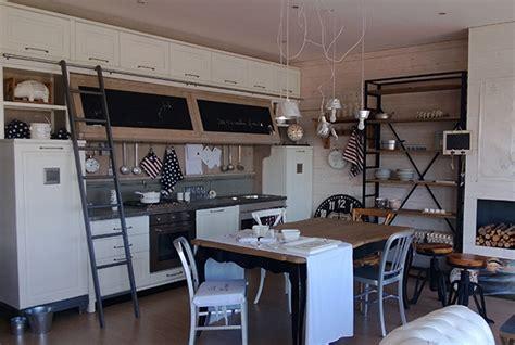 Cucine Stile Industriale Vintage by Arredamenti Su Misura Vintage Country E Contemporanei