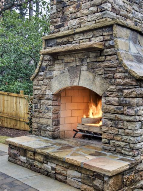 do it yourself firepit 31 diy outdoor fireplace and firepit ideas page 6 of 7