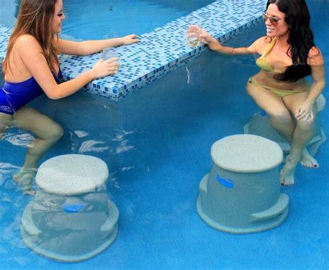 Underwater Swimming Pool Bar Stools by Liquidseat