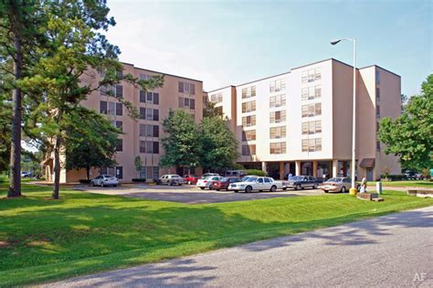 beaumont housing raintree tower beaumont tx apartment finder
