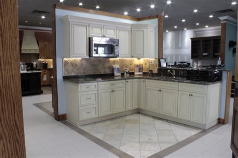 kitchen cabinets york pa yorktowne oak cabinets kol kitchen bath philadelphia