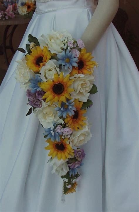 Best 25  Sunflower wedding flowers ideas on Pinterest