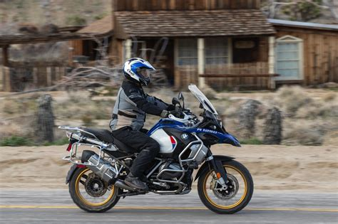 Bmw Gs Adventure 2020 by 2019 Bmw R 1250 Gs Adventure Review 16 Fast Facts