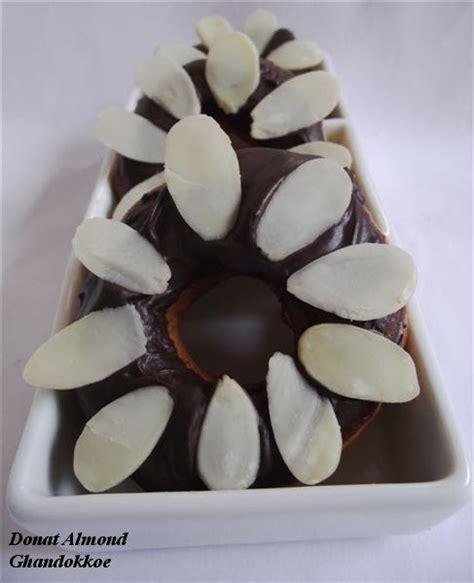 cara membuat donat kentang yang lembut cara membuat donat almond yang lembut lezat bikin betah