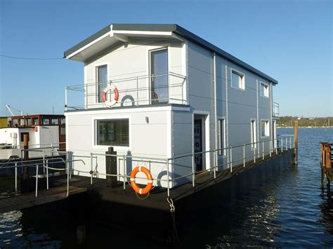 3 bedroom houseboat for sale 3 bedroom house boat for sale in embankment raod