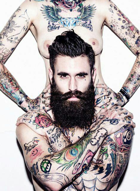 tattooed bearded couple 時尚界的性格新勢力 8位你必須認識的刺青男模 everyday object