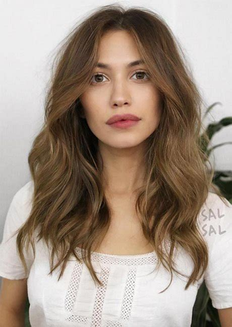womens haarschnitte mittlere laenge frisuren