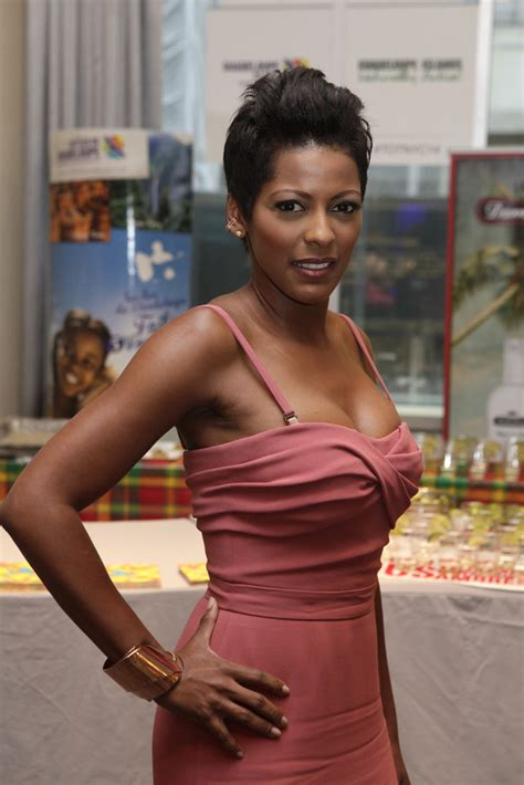 why was tamron hall fired from fox news tamron hall today show fired newhairstylesformen2014 com