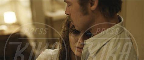 by the sea il nuovo film con angelina jolie e brad pitt brangelina di nuovo insieme in un film 10 anni dopo