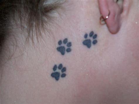 tattoo on upper neck upper neck paw tattoo tattoomagz