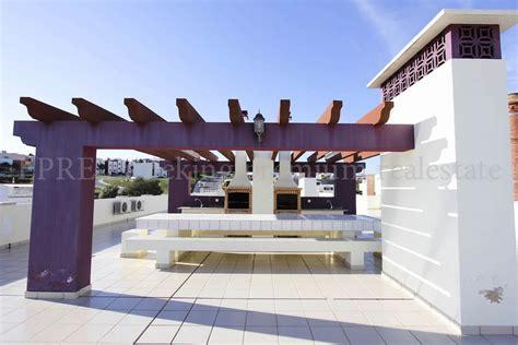 terrassenã berdachung gã nstig kaufen pergola kaufen top pavillon gunstig grillkota ga nstig
