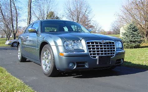 2005 Chrysler 300c Horsepower by 2005 Chrysler 300c Hemi Review Specs Price Road Test