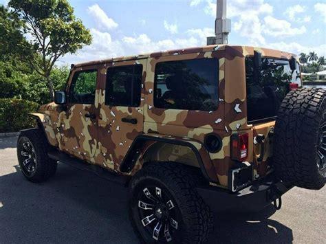 jeep wrangler in digital desert camo chocolate chip desert camo jeep wrangler roading