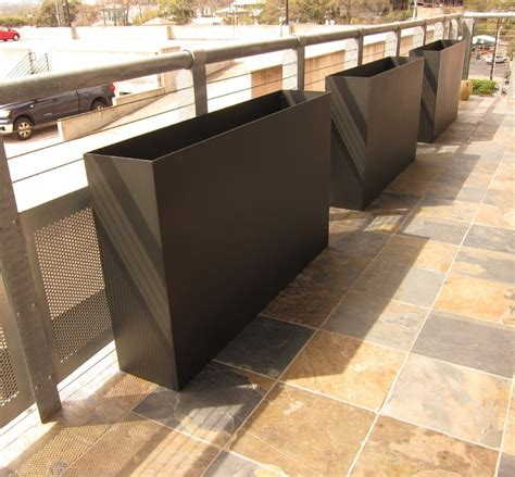 Modern Metal Planters by Tatami Plate Steel Planters Modern Outdoor Pots And