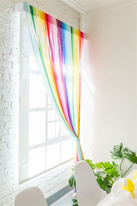 streamer curtains 17 best ideas about streamers on pinterest streamer