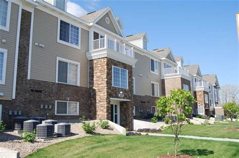 colonial pointe at fairview apartment homes rentals