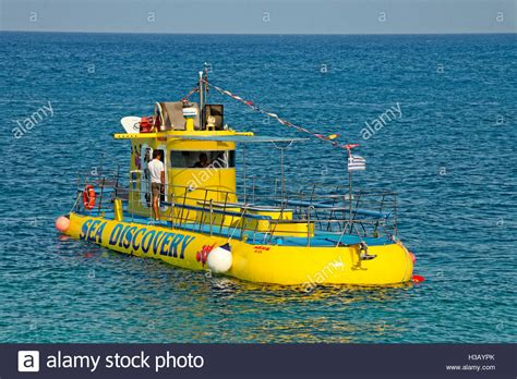 glass bottom boat rhodes tourism submarine and glass bottom boat at rhodes town