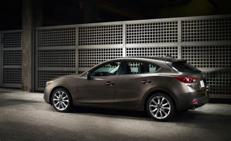 mazda 3i vs mazda 3s 2014 mazda 3 sedan priced from 17 740 five door hatch